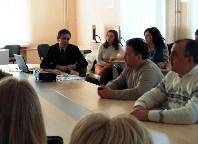 Доцент Олексюк В.П. знайомить учасників семінару із інструментами активного впливу на кібербезпеку