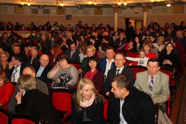 Працівники університету в Тернопільському драматичному театрі імені Т.Г.Шевченка