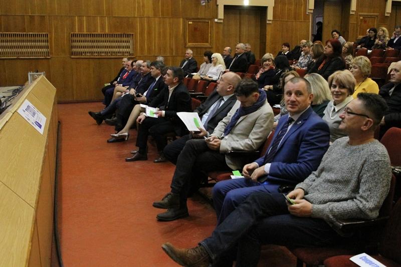 Учасники конференції трудового колективу