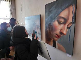 Першокурсники факультету мистецтв побували на виставці талановитої випускниці ТНПУ (ФОТО)